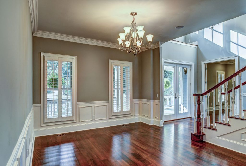 Home renovation Chicago- beautiful home entrance with hardwood floors